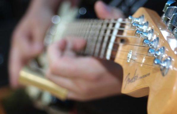 Blues_e-gitarre_spielen_lernen_gitarrenschule_delmenhorst_fender